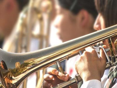吹奏楽部の費用